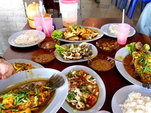 Kedah2U.com :: Makan Tang Mana ? - Restoran MONA Ikan